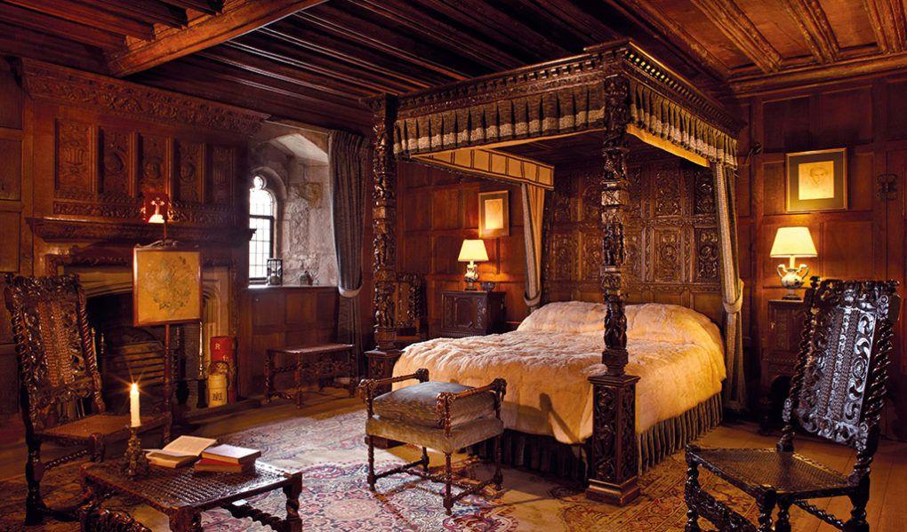 hever-castle-bedroom